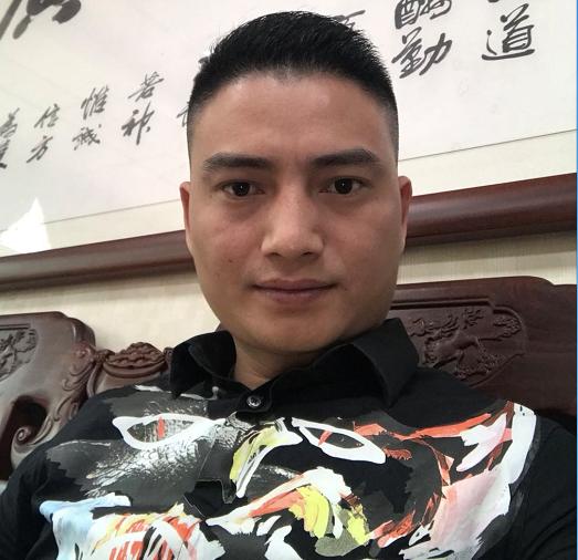常务副会长方桂銮